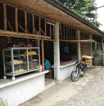 A_small_bakery_in_Carranglan,_Nueva_Ecija_selling_local_bread