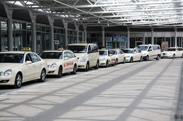 several taxis lining up